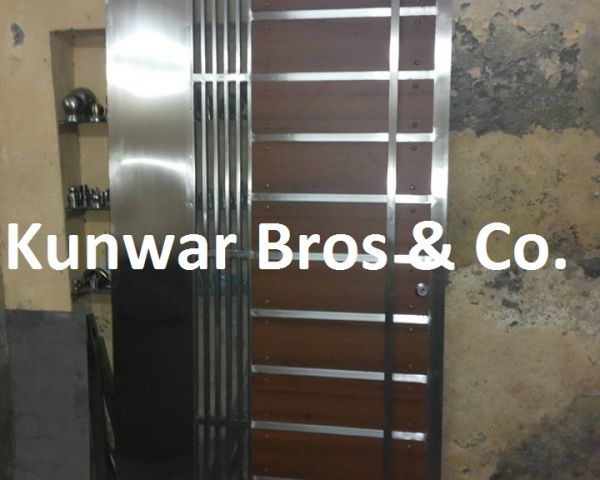 Negotiable SS Main Door Manufacturer by Rajendra Singh & SS Main Door Manufacturer Furniture Noida 133251951