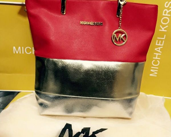 8c7672076dc00 IMPORTED LADIES BAG, BELT and SUN GLASS ON WHOLESALE FROM OM SHANTI OM  INTERNATIONAL by Bobby Kumar