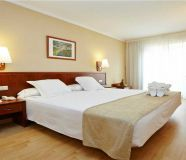 Agra 3 star hotel for lease