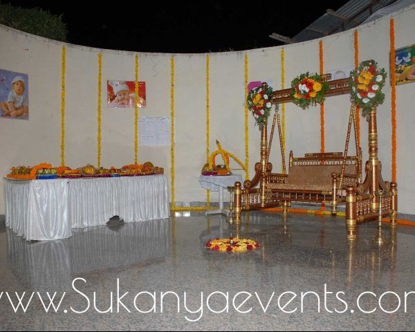 Decorative Swing Zopala Palna On Rent For Fuction Everything