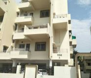 First floor 3 flats available ready possiossen 2bhk...