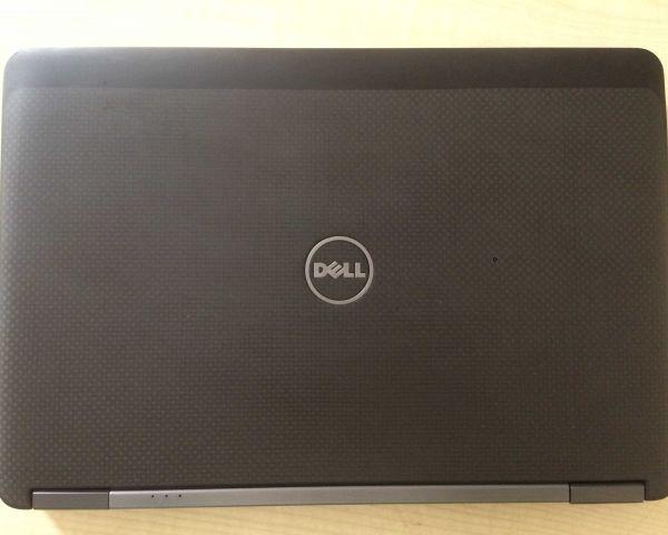 Dell latitude E7240 touch screen core i7 4th gen 4gb ram 256SSD HDD
