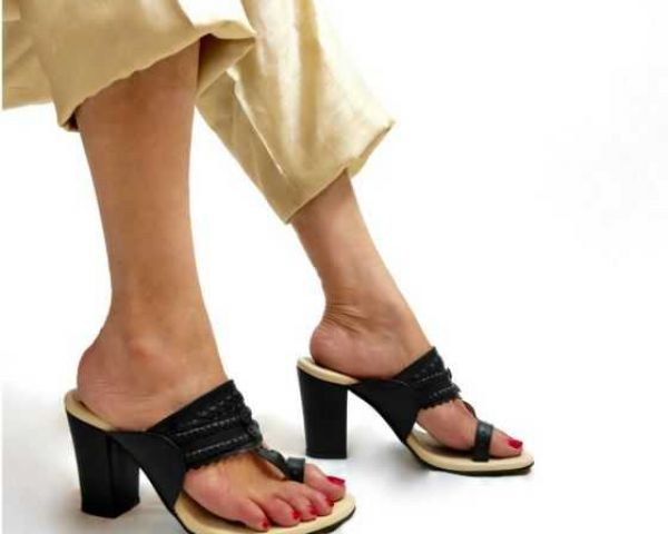4f04b5ca4779 ₹2690 Buy Hailey Dark Blue Kolhapuri Heels for Women at PAIO Shoes by  Nirmal Patel