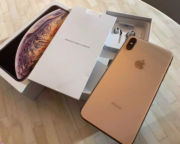 BRAND NEW APPLE iPHONE XS MAX UNLOCKED 64GB 256GB 512GB GOLD SILVER SPACE  GRAY