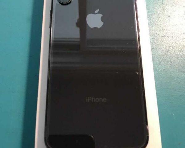 Apple iPhone X 64GB Space Grey Unlocked Smartphone