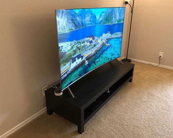 me0 Samsung 65-Inch Curved 4K Ultra-HD HDR LED Smart TV