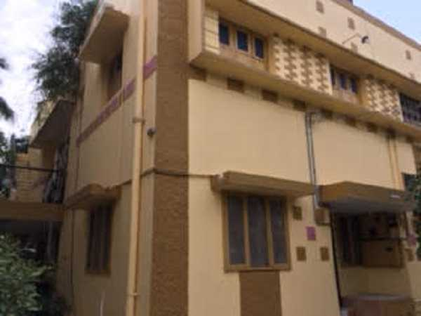 Fully Furnished 1BHK Or 2BHK House For Rent Near CMC House