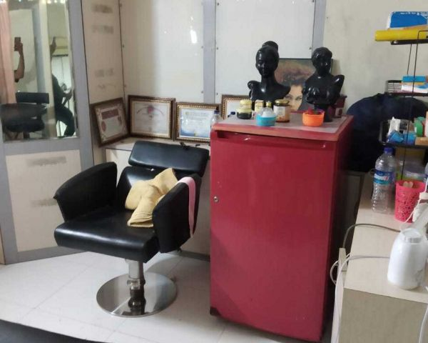 Beauty Parlour For Rent At Kharghar Sector 13 Shop For Rent In Navi Mumbai 163107917 Clickindia