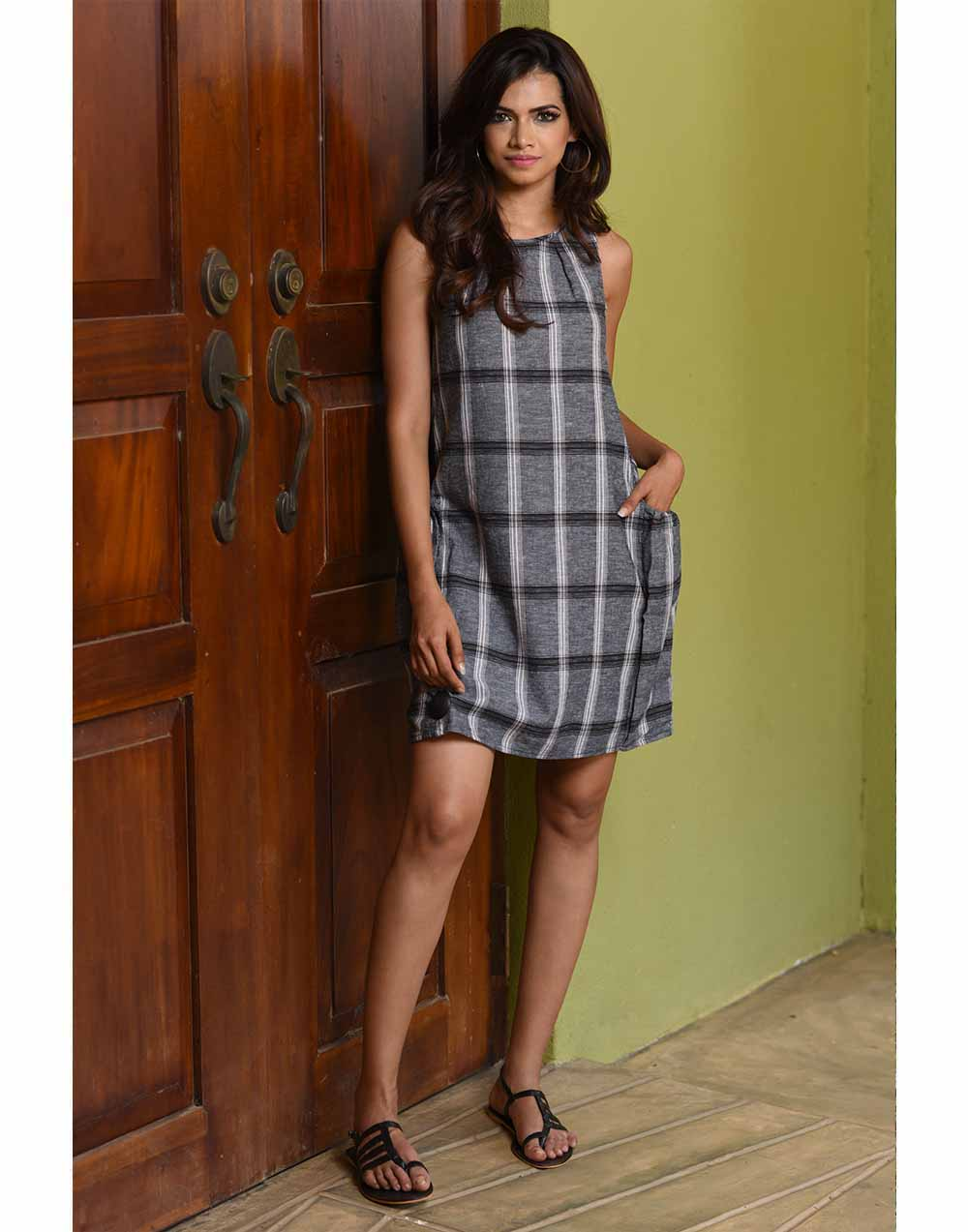 Easy Wear Linen Dress!