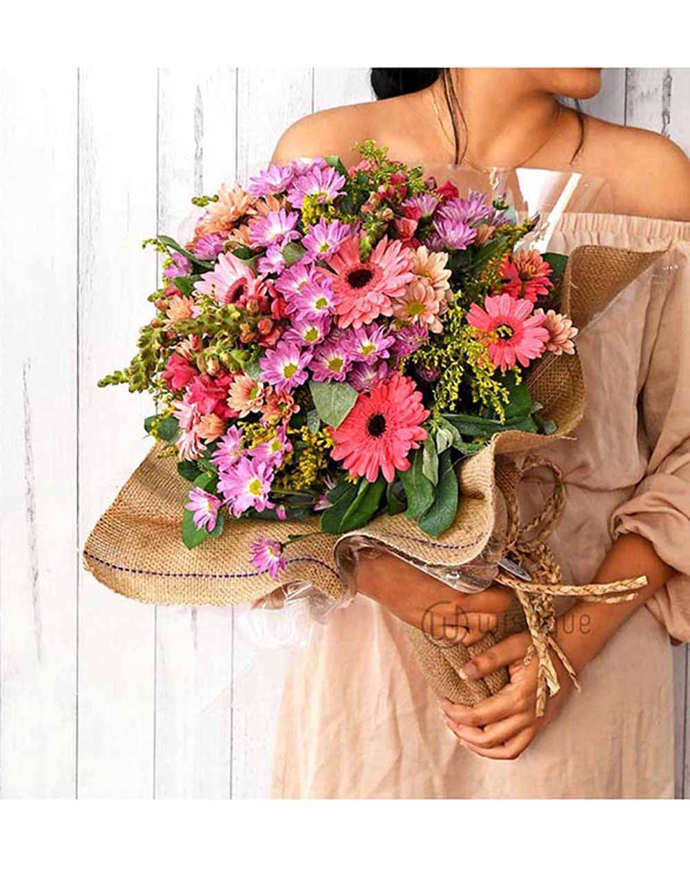Love Petals Jute Bouquet