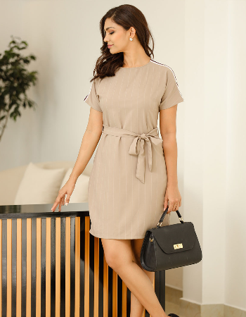 Contrast Shoulder Detail WW Dress