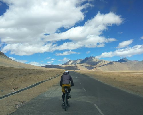 Zostel Escape | Manali to Leh: Bike It Till You Make It!