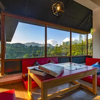 Reading corner with nature views in Zostel Vagamon