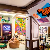 Chic interiors of our our Delhi hostel's common room