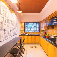 Community kitchen for backpackers in Hostel Mysore