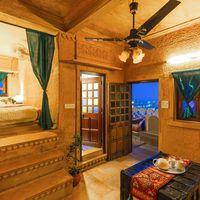Cosy, regal private room in Jaisalmer Zostel