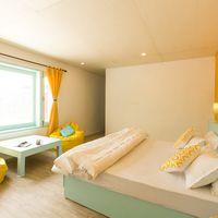 Private room at Zostel Dalhousie