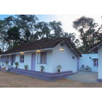 Dormitories exterior view at our Coorg hostel