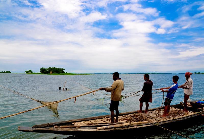 1410292400Fishing_at_-_Bheemeshwari_Fishing_Camp_(Karnataka)