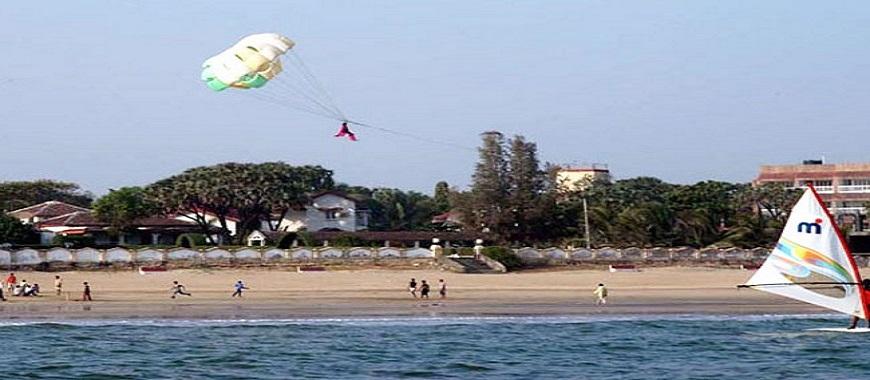parasailing at daman and diu
