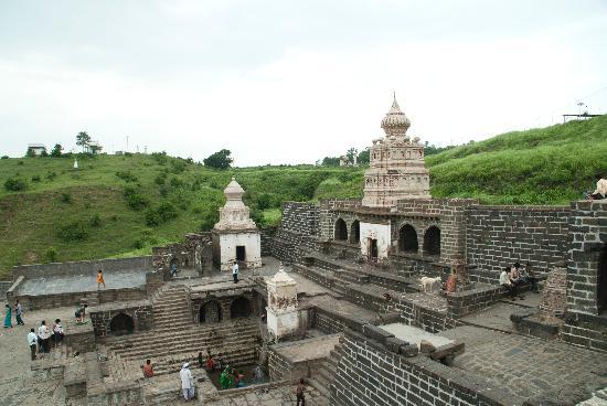 lonar-temple