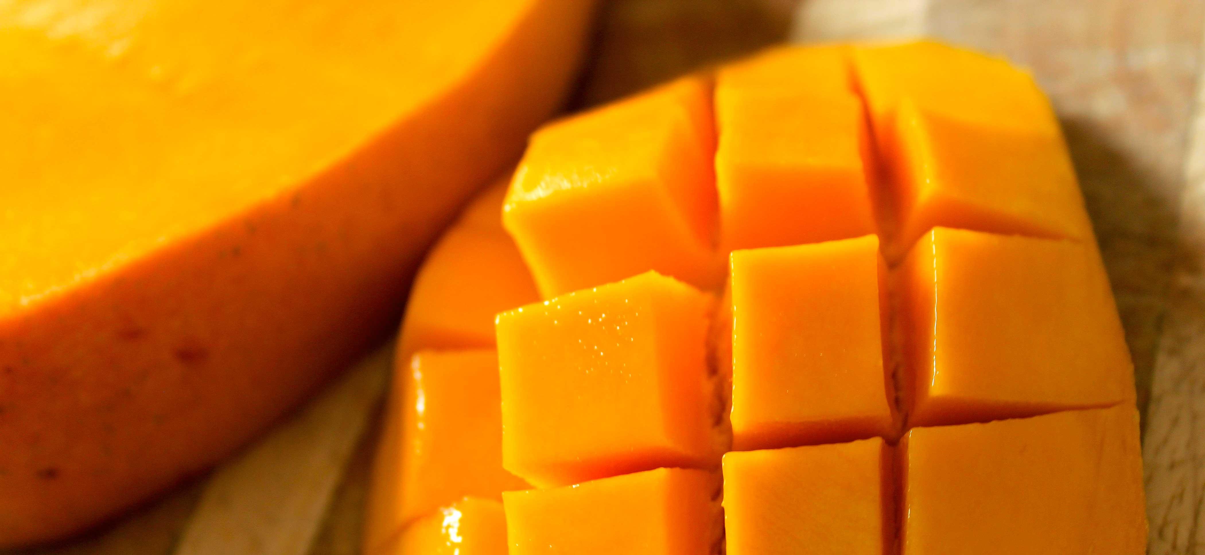 mango-slice-2