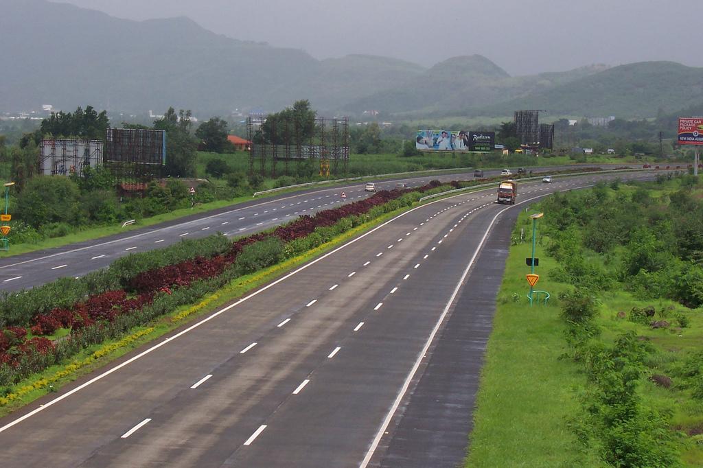 Mumbai_Pune_Expressway Imagica
