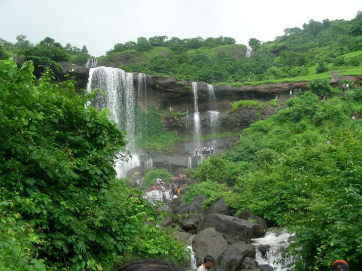 karjat-waterfall-mohili-meadows-6