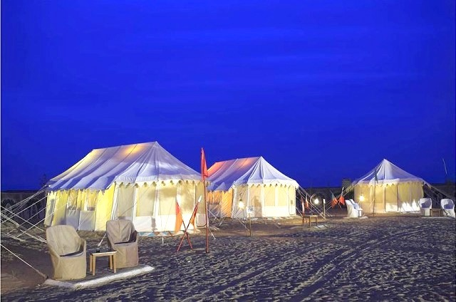 zoomcar.com - Royal Camping in Thar Desert