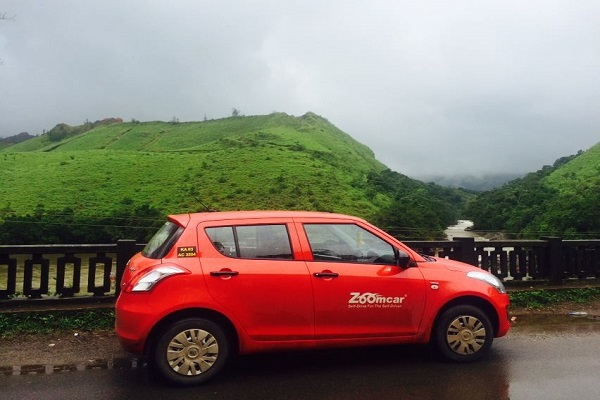zoomcar.com - SuggestionBox