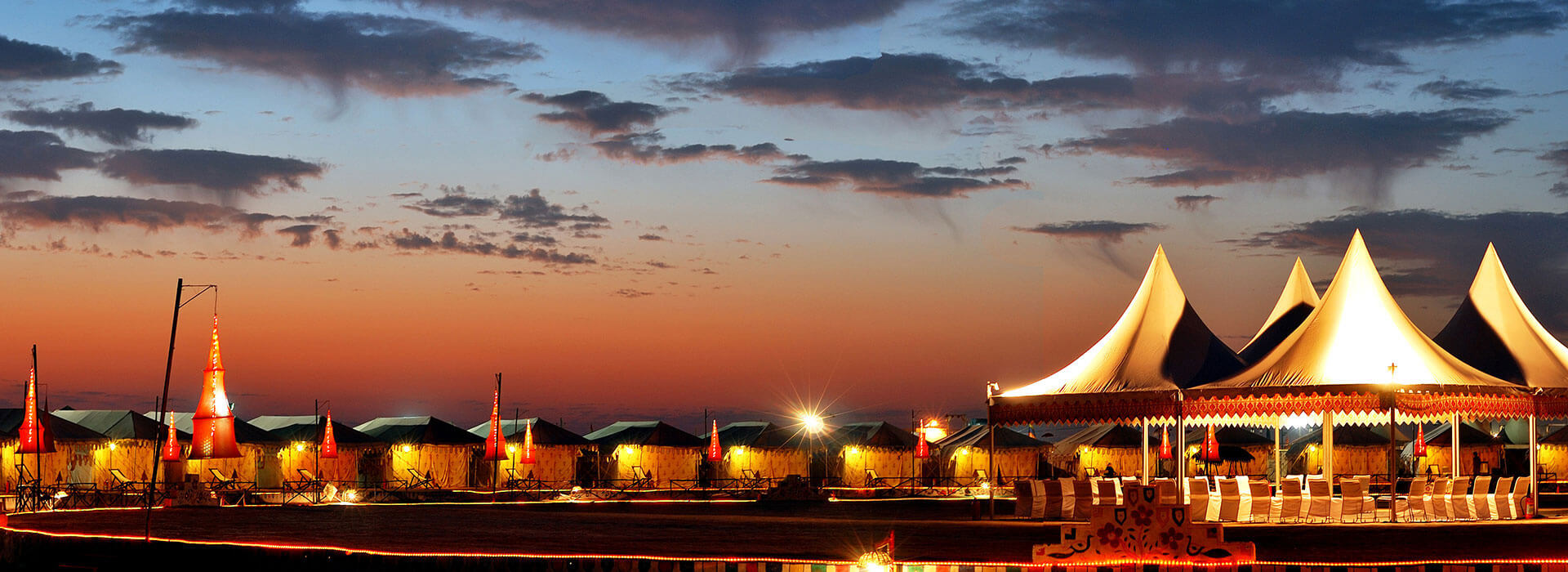 zoomcar_rann-of-kutch-festival-at-night